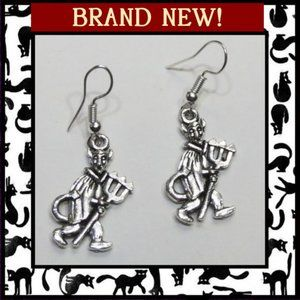 Jewelry - Devil with Pitchfork Halloween Earrings